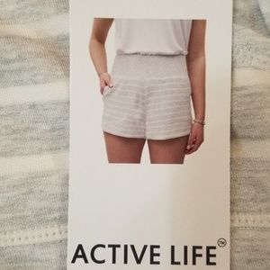 NEW Women's ACTIVE LIFE Modal Shorts Size Small